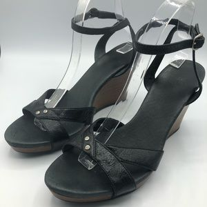 Ugg black leather sandals size 9.5